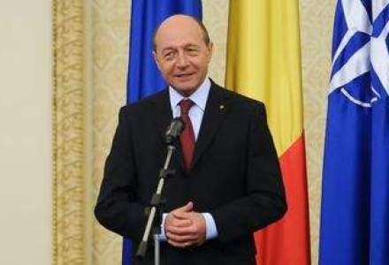 """Basescu, atac la conducerea ASF: """"E o cloaca"""""""