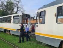 BREAKING | Două tramvaie s-au...