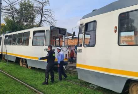 Două tramvaie s-au ciocnit în Capitală