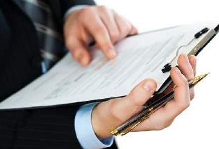 Directorii financiari, mai dispusi sa restructureze decat sa faca investitii noi