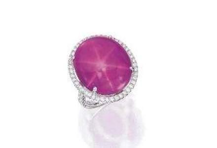 Sotheby's a cumparat un diamant cu 72 milioane dolari, dupa retragerea cumparatorului