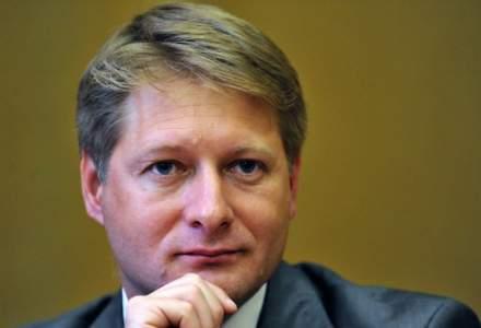 Diplomatul Cosmin Boiangiu, numit director executiv al Autorității Europene în domeniul Muncii