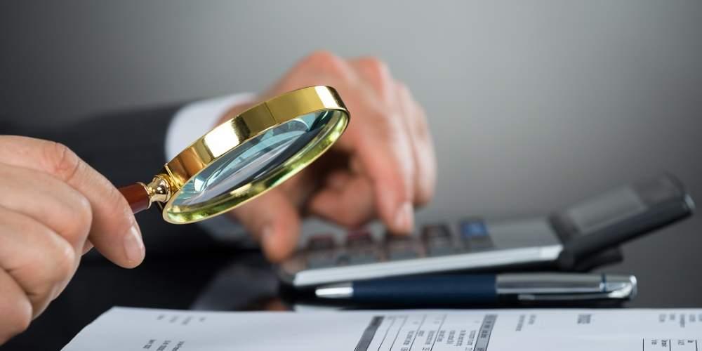 Cum îți păzești compania de fraudă: sfaturile unui investigator privat