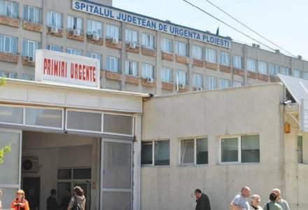 VIDEO | Românii se îmbulzesc în curtea Spitalului Județean din Ploiești pentru a primi îngrijiri