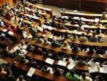 Lowe PR comunica Parlamentul...