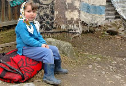 Aproximativ 45.000 de copii abandonează anual școala, în România