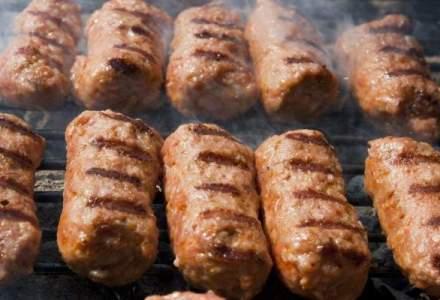 """Mititeii """"cantaresc"""" 30% din productia de carne a Romaniei"""