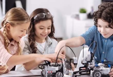 Asociația Măgurele Science Park a oferit kit-uri de robotică pentru 70 de elevi care vor participa la un concurs național de profil