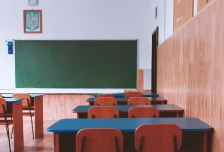 Asociația Școlilor Particulare cere în instanță să se redeschidă atât școlile de stat cât și cele private