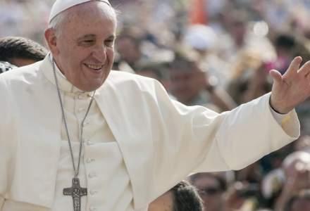 Papa Francisc își anulează audiențele din cauza COVID-19