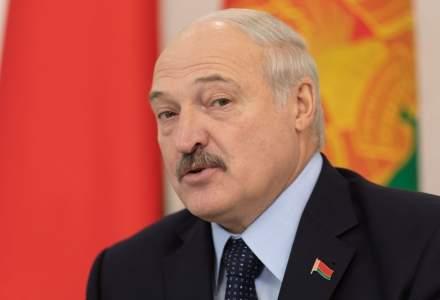"""Președintele din Belarus, Aleksandr Lukașenko: """"Tinerii care studiază în străinătate sunt spălați pe creier"""""""