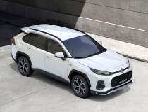 Trei noi modele Suzuki vor...