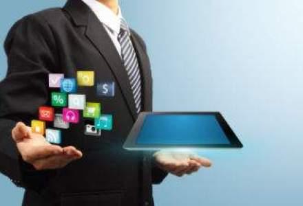 Investitiile in publicitate pe mobile aproape se vor dubla in 2014: cu cat scade desktop-ul