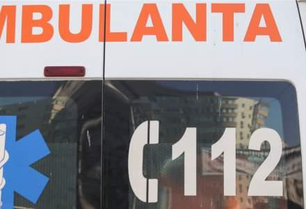 Strigător la cer | O familie din Bihor aflată în izolare a așteptat 27 de ore să vină ambulanța