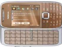 Nokia E75, disponibil in...