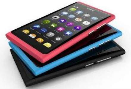 Studiu: Romanii care cumpara online folosesc smartphone-urile mai mult pentru informare decat pentru achizitii