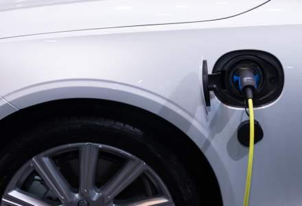 """Peste 4.000 de maşini electrice au fost rezervate prin """"Rabla Plus"""""""
