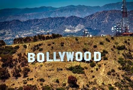 Indienii reîncep filmările la Bollywood după 8 luni de pauză