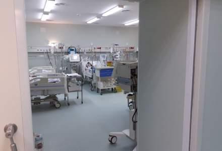 FOTO REPORTAJ într-un spital suport COVID: Cum e o zi în combinezon