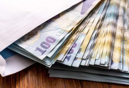 Românii au câștigat cu 46 de lei mai mult la salariu în luna septembrie