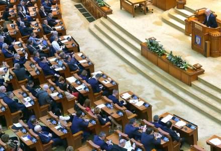 """Ședința senatului în care trebuia să se voteze inițiativa """"Fără penali în funcții publice"""" nu a mai avut loc"""
