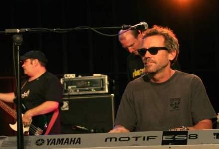 """""""Dr. House"""" vine in Bucuresti: cat costa biletele la concertul Hugh Laurie"""