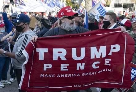 În ochii conspiraționiștilor, Donald Trump rămâne învingător al alegerilor prezidențiale