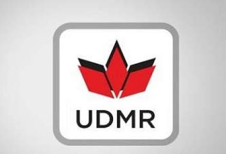 Victor Ponta numeste patru reprezentanti UDMR in posturi de secretar de stat