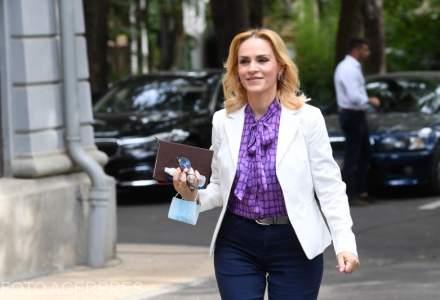 Gabriela Firea a cheltuit peste 10 milioane de euro pentru publicitate din bani publici
