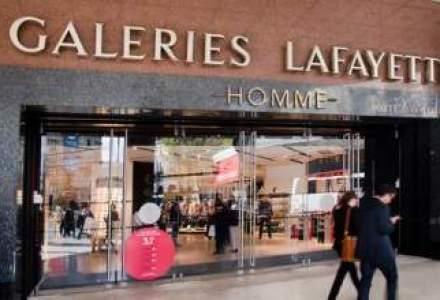 Proprietarul Galeriilor Lafayette cumpara 6,1% din Carrefour pentru 1,3 mld. euro