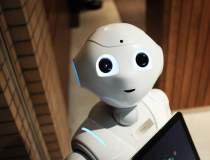 200 de roboţi pentru...