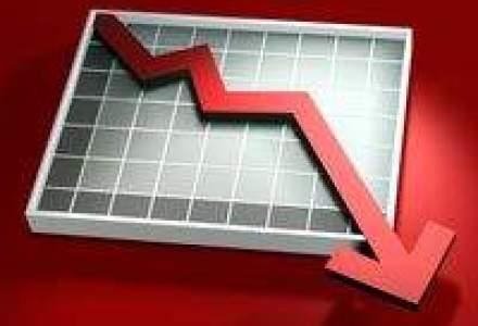 Productia industriala scade pentru a sasea luna consecutiv