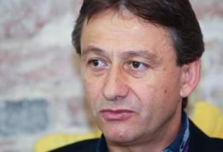 Manager roman, plecat de peste 20 de ani in Vest: Romania are un handicap in sistemul educational. Daca vrei sa distrugi o tara, atunci omoara invatamantul!