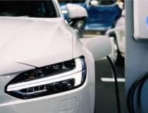 Raport Deloitte: Vânzările de...