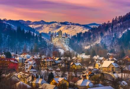 STUDIU: Românii vor să călătorească de sărbători, dar se tem să rezerve în avans vacanțe