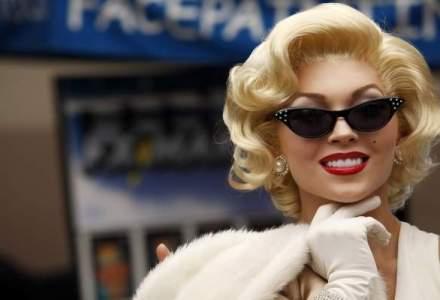 O pereche de cercei purtati de Marilyn Monroe, vanduti la licitatie cu 185.000 de dolari