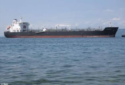 Navă cu români, atacată de pirați în Oceanul Atlantic