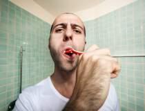 Colgate: Spălatul pe dinți...
