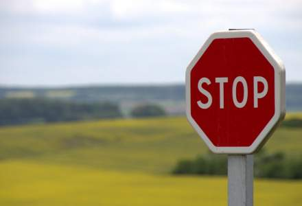 România este cea mai nesigură țară din UE în ceea ce privește circulația rutieră. Cum ajută un proiect educațional la prevenția în trafic