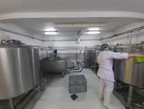 FOTO REPORTAJ la o fabrică de...