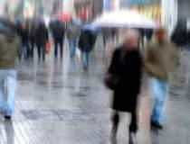 Se intorc ploile: averse si...