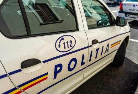 Incident la vot: Arma unui polițist s-a descărcat accidental