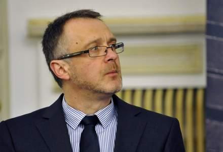 """Uniunea Scriitorilor anunță că îl dă afară pe Sorin Lavric, ales parlamentar AUR, din cauza declarațiilor sale """"radicale"""""""