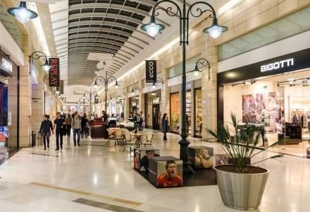 """Prefectul Bucureștiului trimite controale în malluri și magazine din cauza """"relaxării"""" regulillor de distanțare"""
