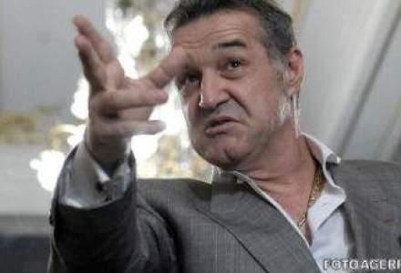 Gigi Becali a iesit din penitenciar, va lucra la Academia lui Hagi