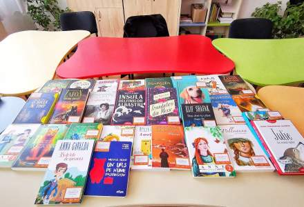 Libris.ro și Salvați Copiii România vor să doteze cu biblioteci 350 de școli și licee din România