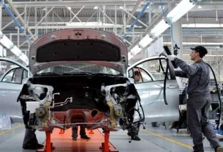 Producția de autoturisme în România a scăzut cu 10% în primele 11 luni