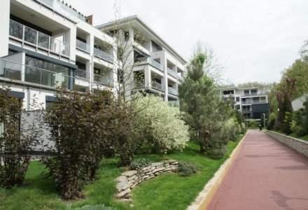 O vizita la complexul imobiliar in care locuieste Ion Tiriac: Cum merge businessul clubului rezidential Stejarii din Baneasa