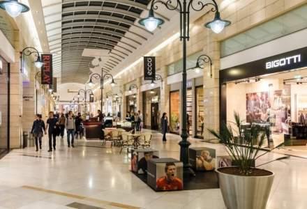 Programul de sărbatori al mall-urilor: ce găsim deschis de Crăciun și Revelion