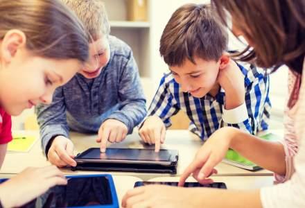 Orange a livrat peste 1.400 de tablete pentru elevii din România